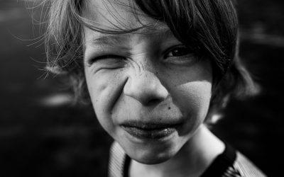 Portrait Junge, Schwarz Weiß