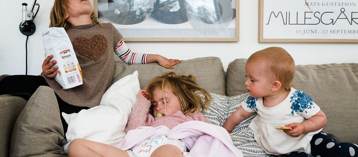 Minna-Ridderstolpe-documentary-family-photography-nap